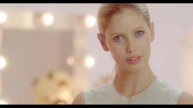 Framegrab from Max Factor beauty spot